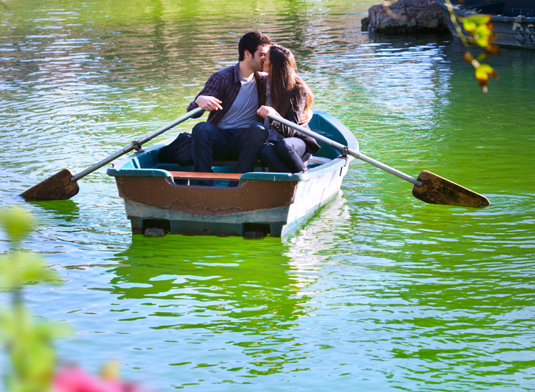 That evening, that date on the boat rowed our relationship towards glory!