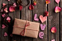Romantic Gift Ideas for Wife